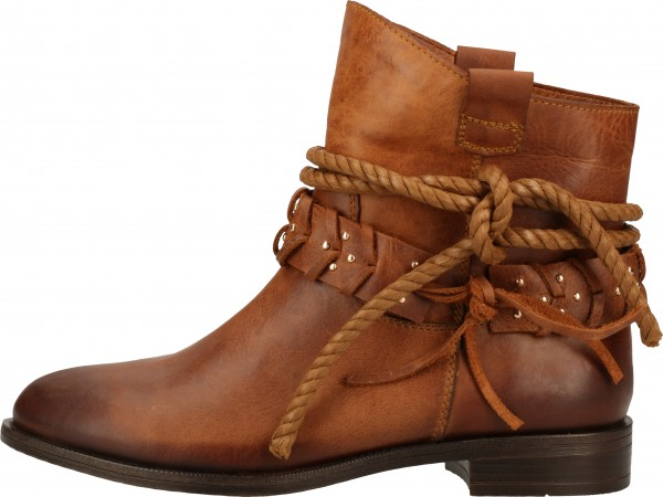 Inuovo Booties Leather fabric Tan