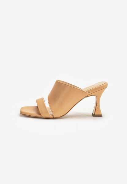 Inuovo Mules Leather Nude