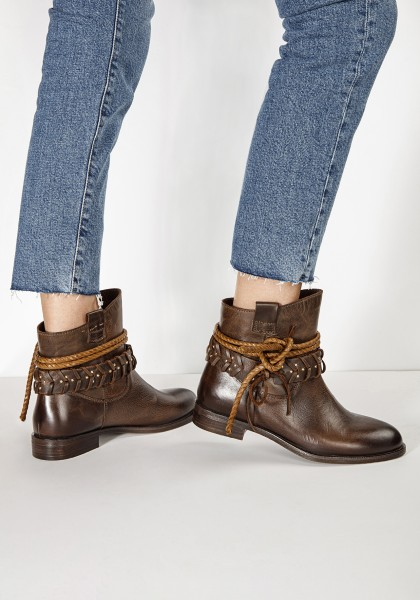 Inuovo Booties Leather fabric Dark brown