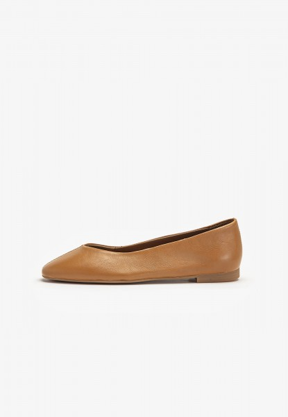 Inuovo Ballerinas Leather Medium Brown