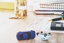 ما هي المستندات المطلوبة لتقديم مطالبة تأمين لمركبات طرف ثالث؟