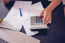 5 خطوات للتخلص من الضغوط المالية