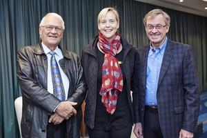 Prof Willie Esterhuyse (Barinor Holdings Ltd), Sanett Uys (Serendipityremix) and Desmond Smith (Sanlam).