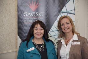 Louise Nicolson, Karen Fraser (Dipula)