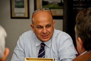 Muhamad Omar (Anchor Zedo)