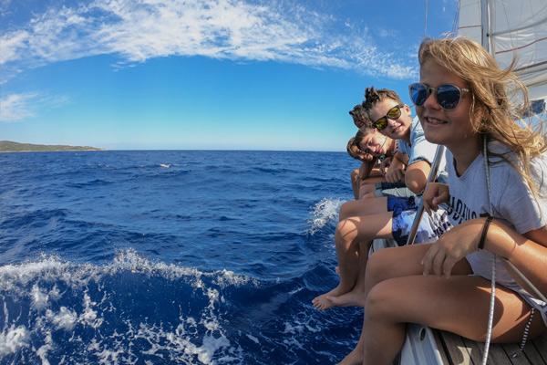 alquiler barco con patron familia