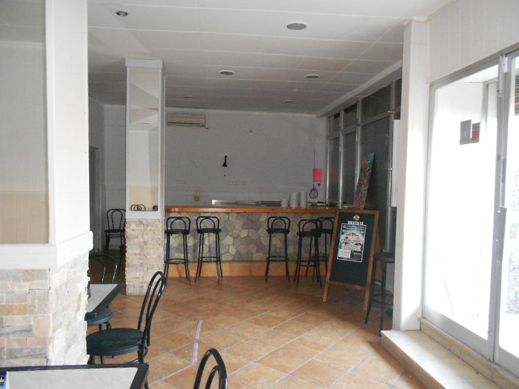 Foto 3 - Local de 75 m2 en venta