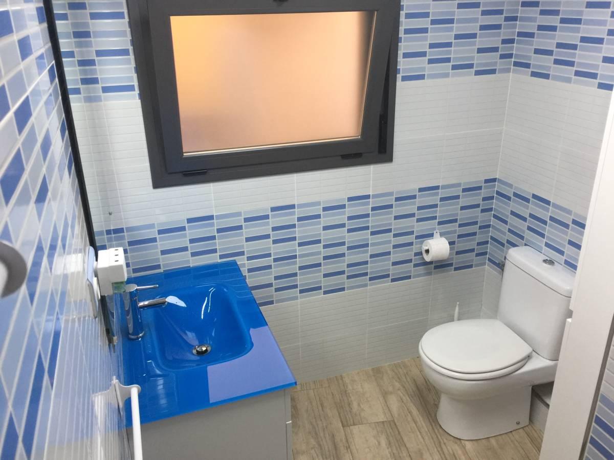 Foto 25 - Casa adosada en Reus con 3 pisos independientes