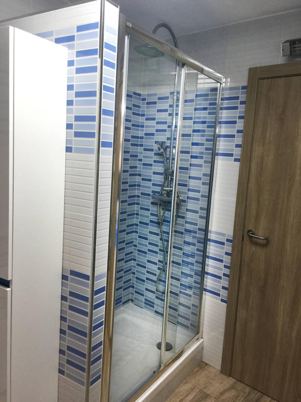 Foto 4 - Casa adosada en Reus con 3 pisos independientes