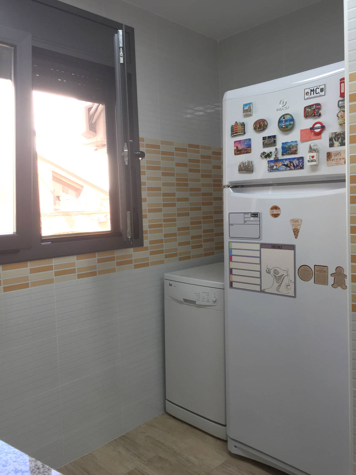 Foto 6 - Casa adosada en Reus con 3 pisos independientes