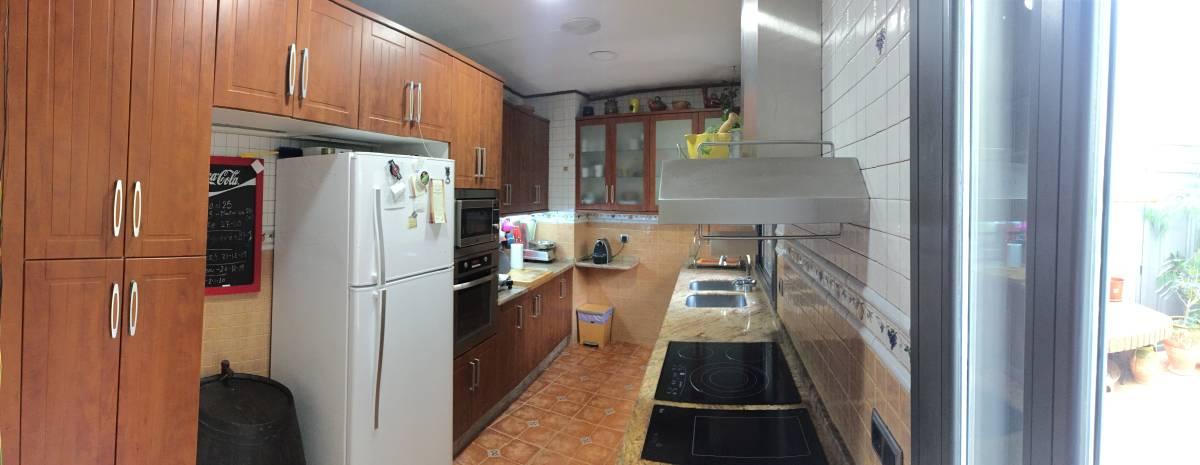 Foto 14 - Casa adosada en Reus con 3 pisos independientes