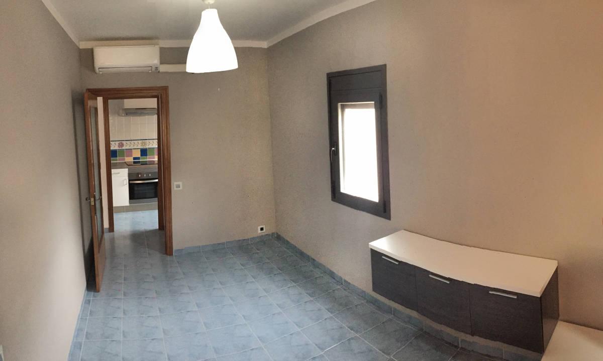 Foto 22 - Casa adosada en Reus con 3 pisos independientes