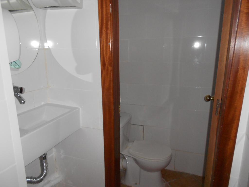 Foto 5 - Local de 75 m2 en venta