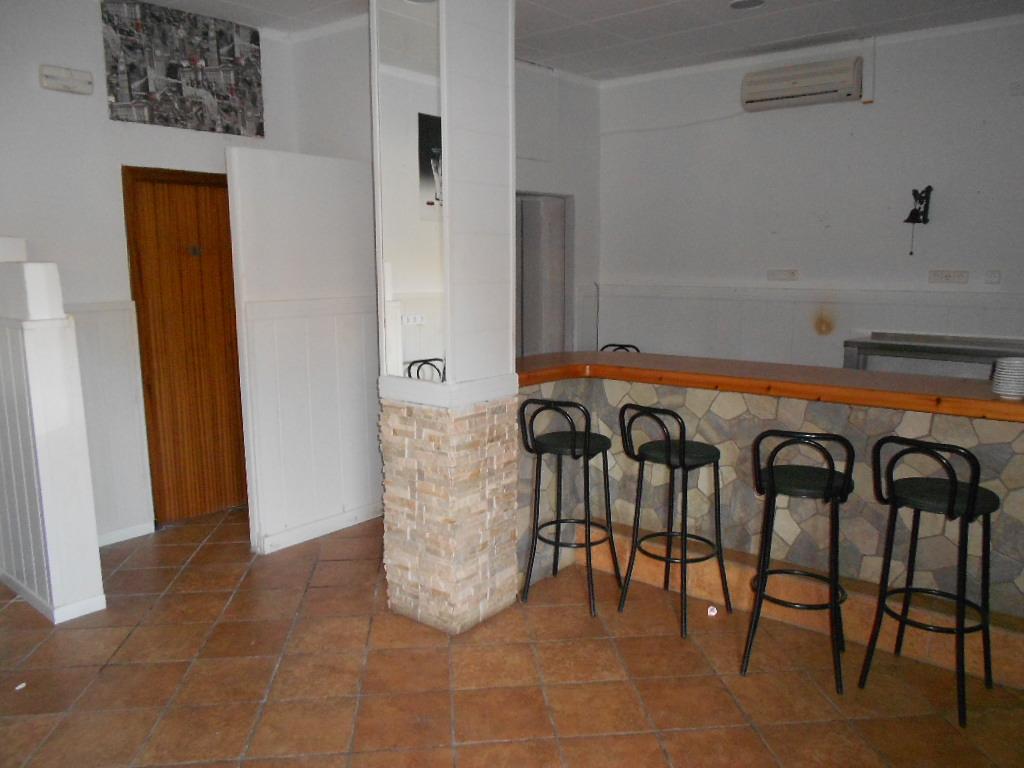 Foto 6 - Local de 75 m2 en venta