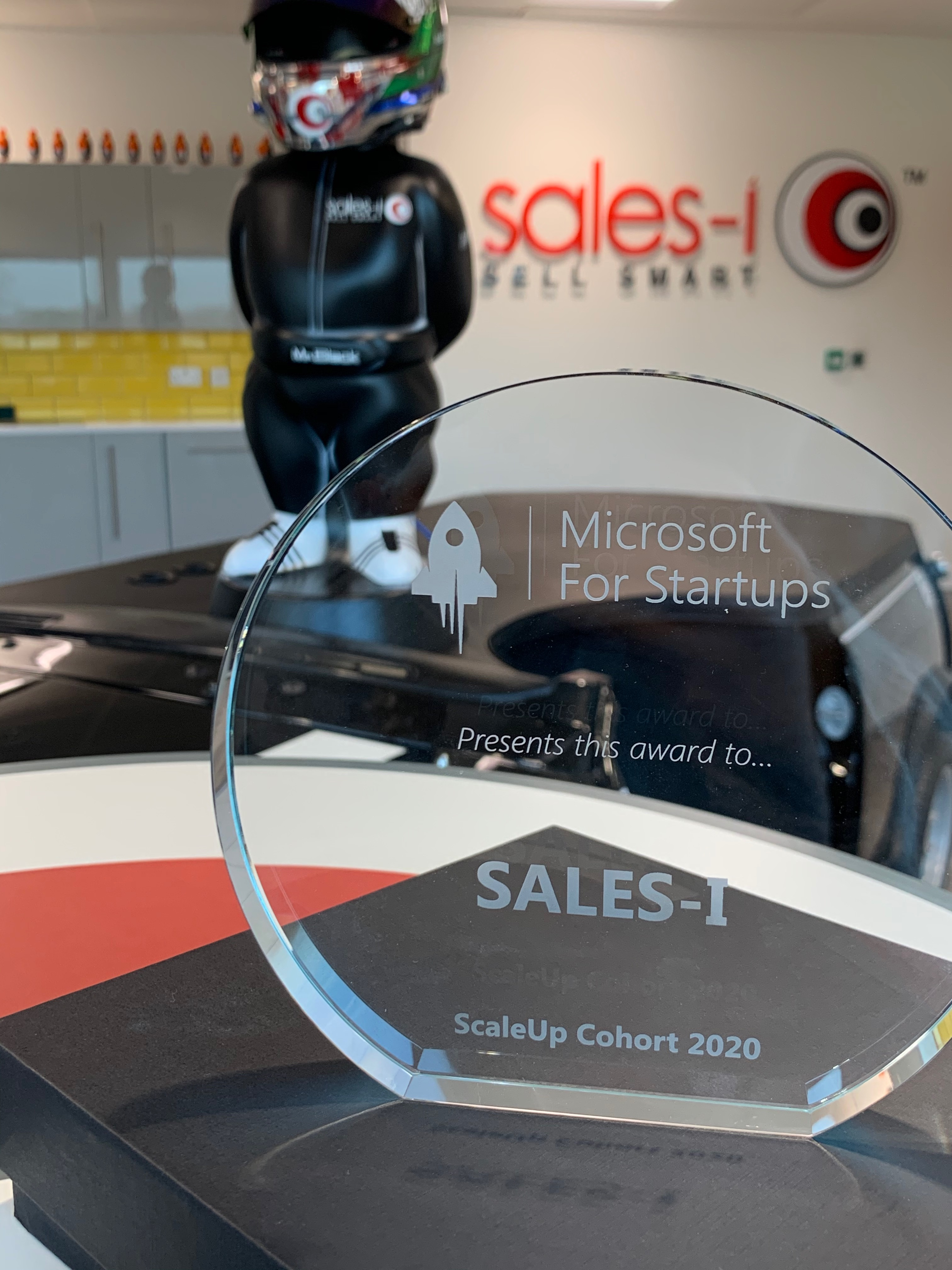 sales-i awarded with Microsoft ScaleUp Cohort 2020.
