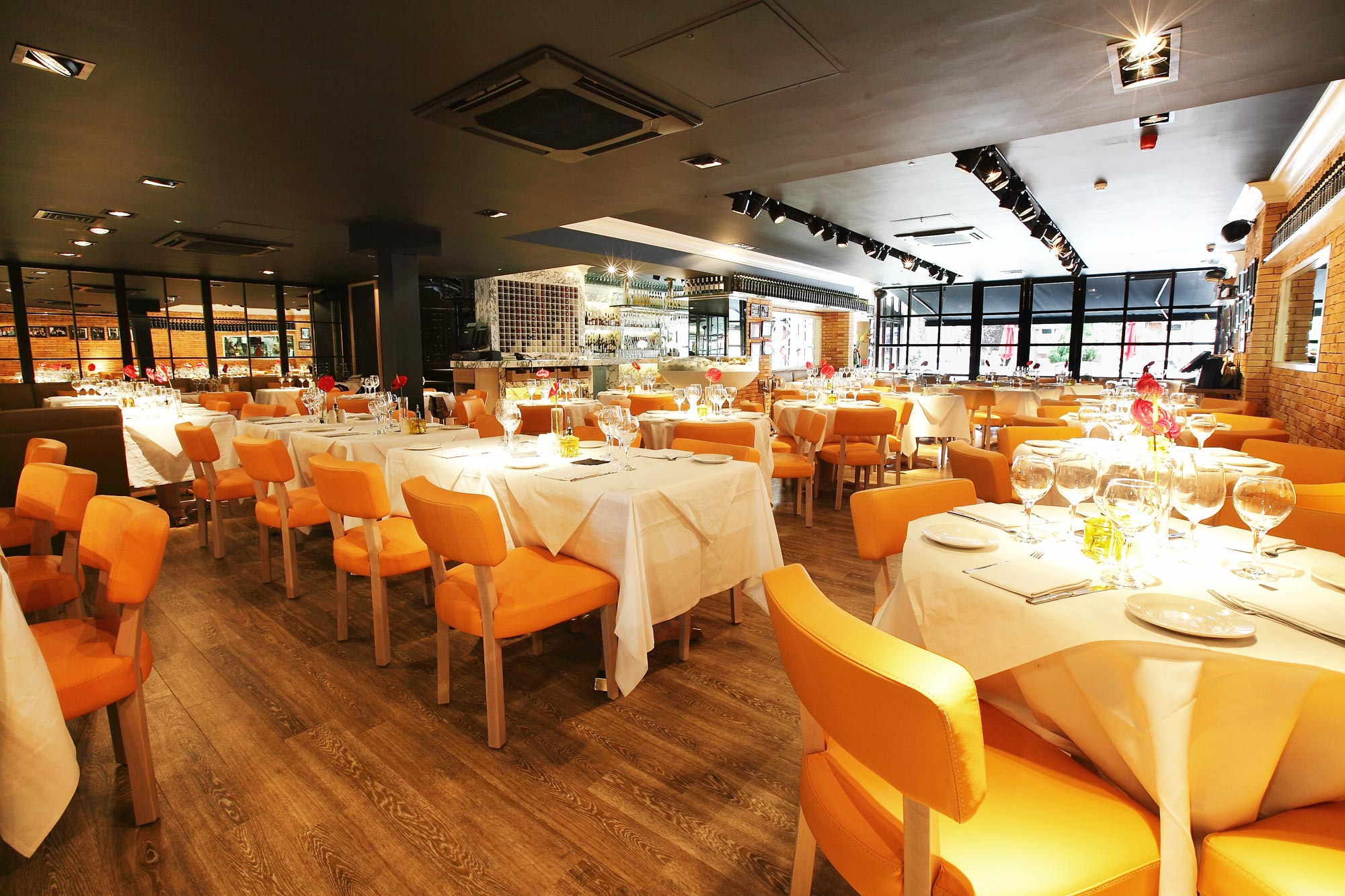 san carlo restaurants leeds flying pizza. Black Bedroom Furniture Sets. Home Design Ideas