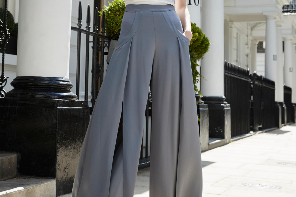 Sassi Holford Palma trousers in grey