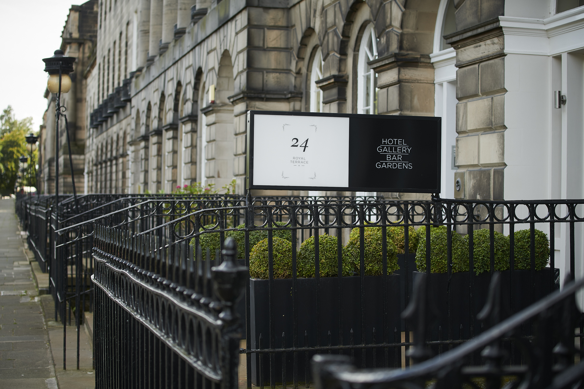 24 Royal Terrace - Gallery