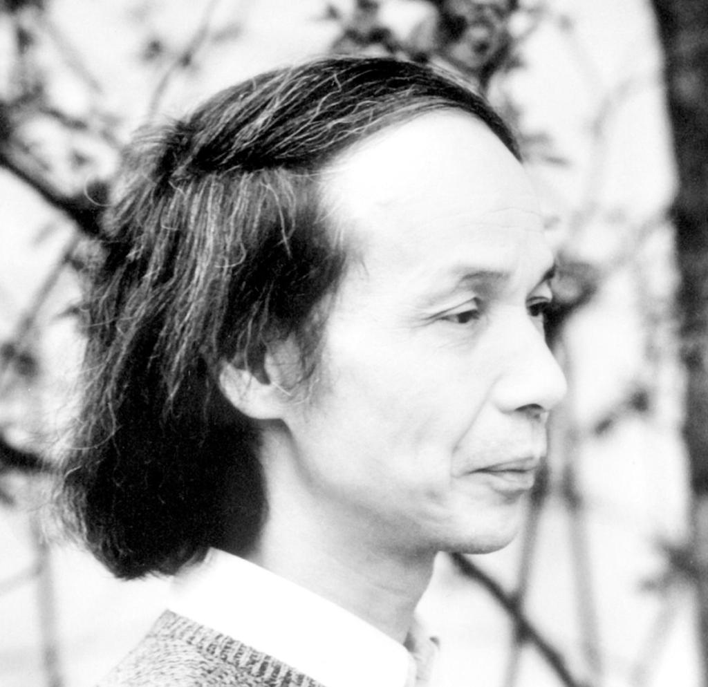 Le blog-notes de Claude Samuel Lestraditionsasiatiques – Takemitsuetsesmodèles – Gagaku, Bunraku, Kabuki – Le biwa de Kinshi Tsuruta
