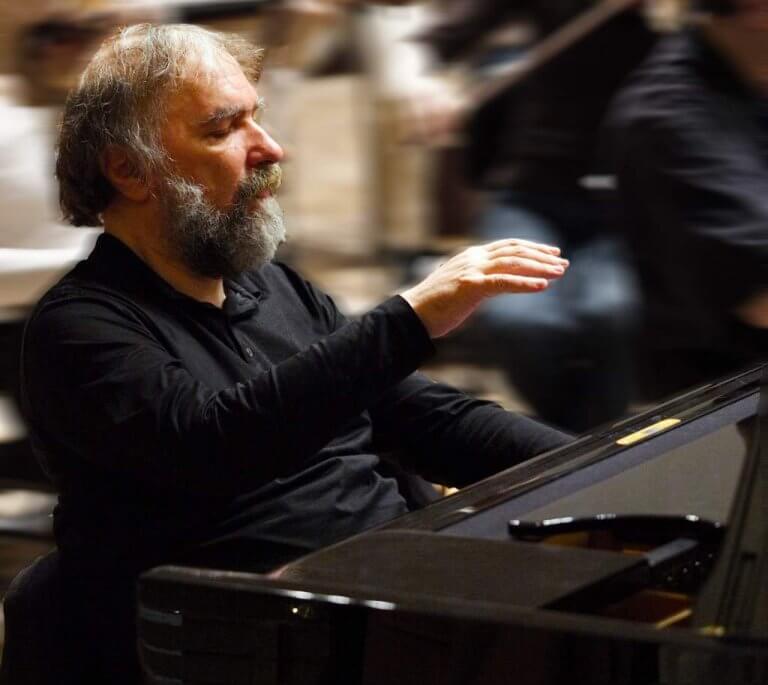 NOUVELLE | Un grand pianiste quitte la scène