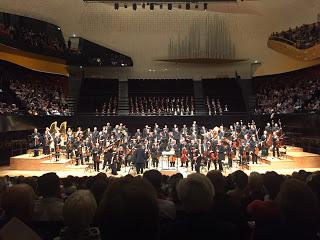 La chef américaine Karina Canellakis a ouvert la saison 2019-2020 de l'Orchestre de Paris