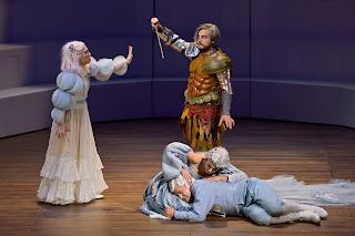 Passionnant Ercole Amante de Cavalli, allégorie à la gloire du jeune Louis XIV, à l'Opéra Comique