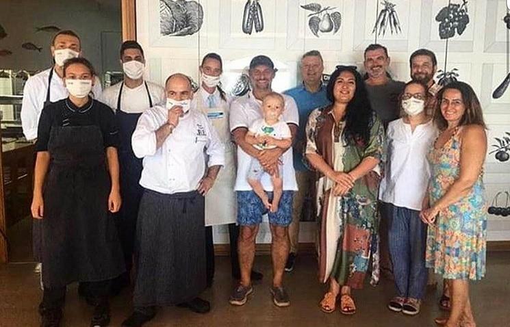 Everyone's masked – except Jonas Kaufmann