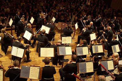 Czech Philharmonic launches 125th season to capacity audiences