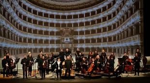 Français - Cecilia Bartoli et Les Musiciens du Prince-Monaco régalent la famille princière et 500 Happy Few à l'Opéra de Monte-Carlo