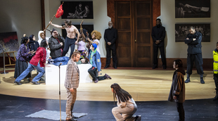 Français - Milo Rau torpille hardiment Titus au Grand Théâtre de Genève