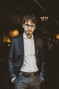 CRITIQUE, concert. LILLE Piano(s) Festival 2021. Concert d'ouverture. Orchestre National de Lille, Alexandre Bloch, direction. Lucas Debargue, piano