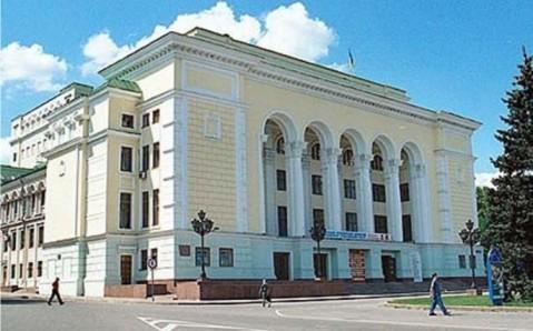 Un jour, un opéra – Saison 2, épisode 9 : L'Ours de Khodosh, d'après Tchekhov, dans l'Ukraine russe de Lugansk…