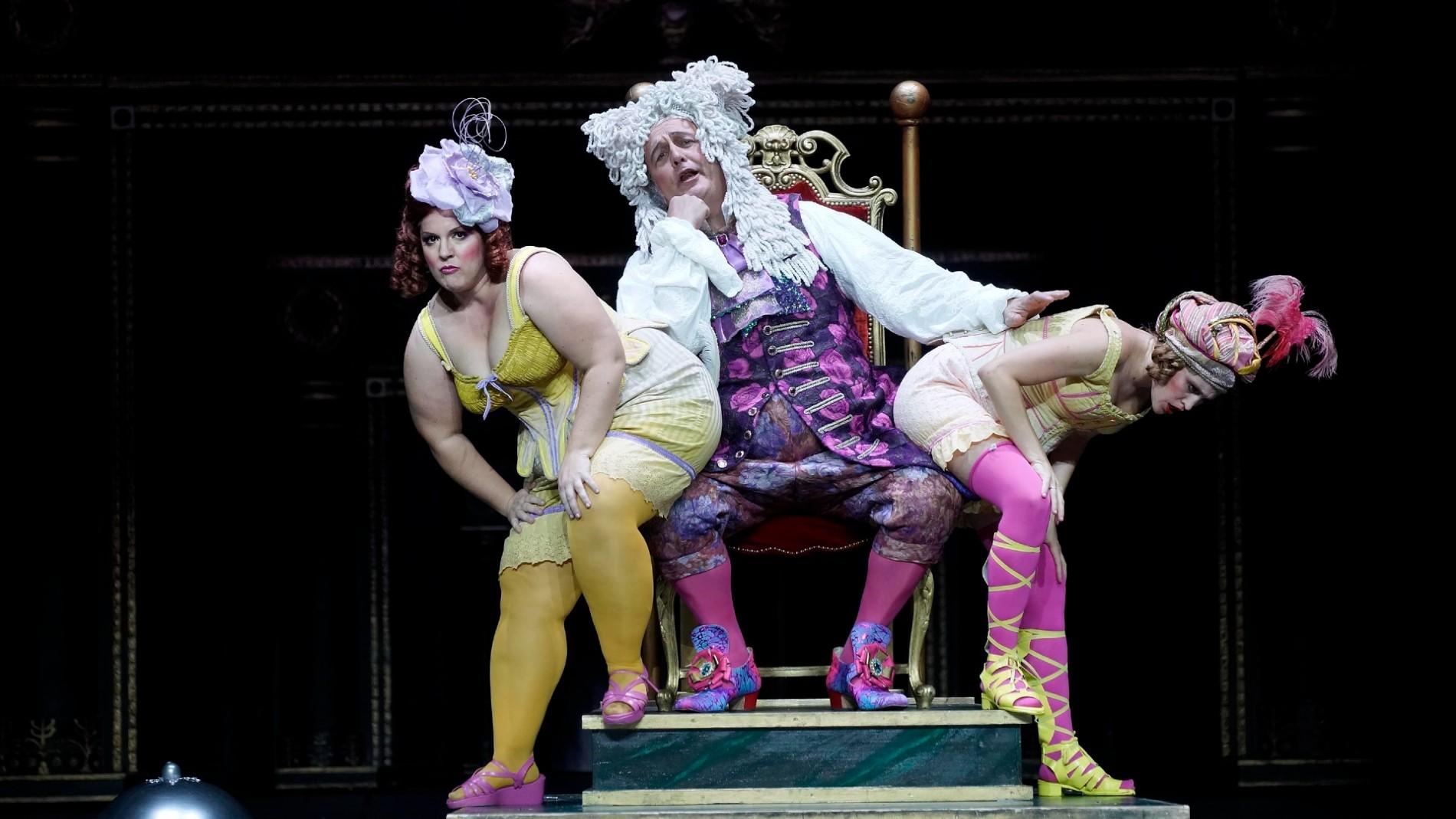 'La Cenerentola' abre la temporada del Teatro Real con un inusual cuento de hadas