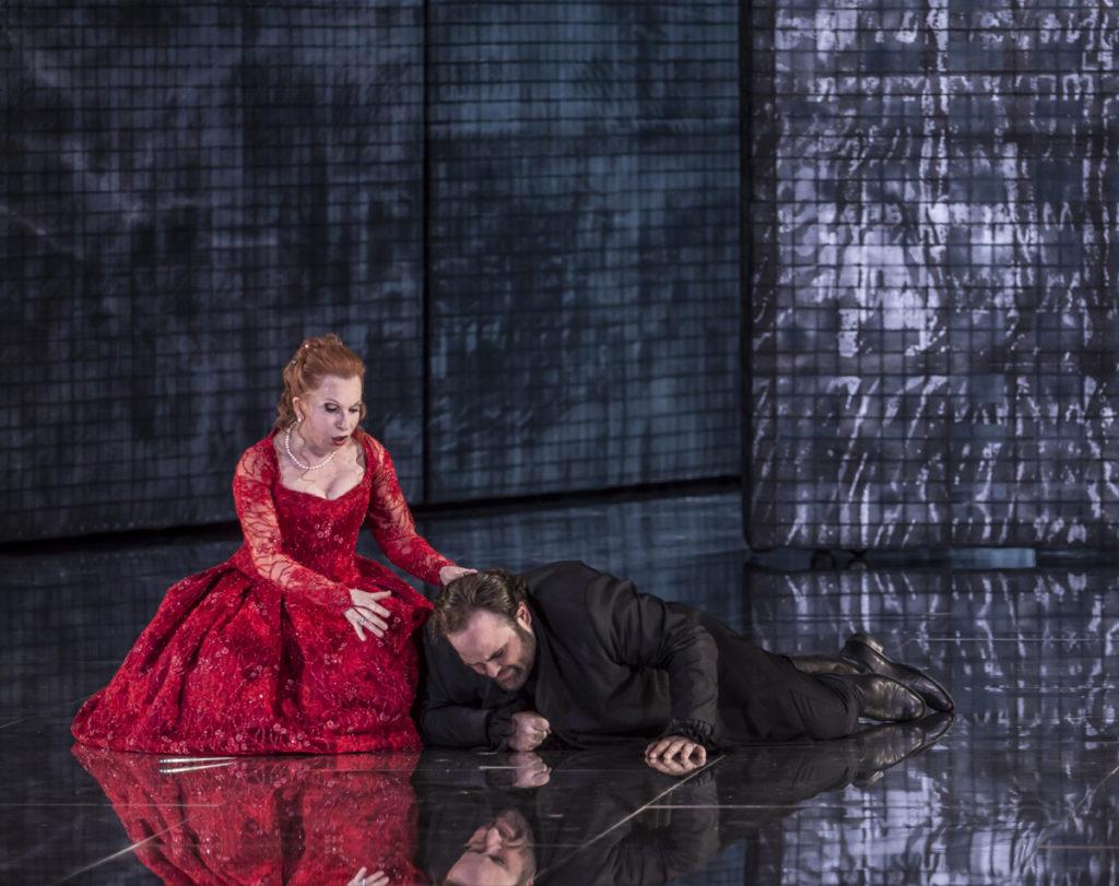 Opéra, compte-rendu critique. Valence, le 1er avril 2017. Donizetti : Lucrezia Borgia. Mariella Devia / Biondi / Sagi