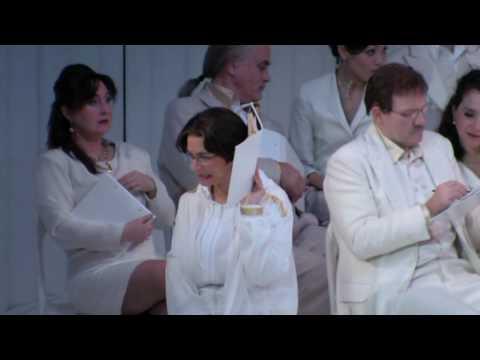 Orpheus in der Unterwelt (2) Jacques Offenbach; Lucie Ceralová - mezzosopran - singt den Cupido.