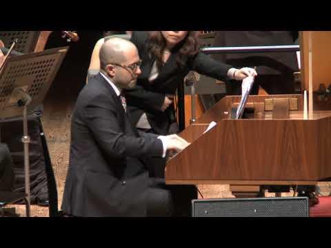 Mahan Esfahani performs Michael Nyman's Harpsichord Concerto