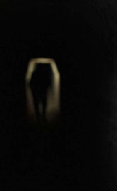 Image de couverture de Sous la rue les ténèbres
