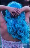 Image de couverture de Rose rouge, cheveux bleus