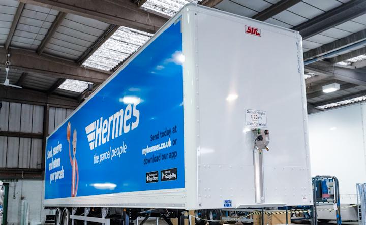 700 New SDC Boxvan Trailers for Hermes.