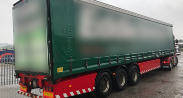 Sdc Used Curtainsider Trailer 1