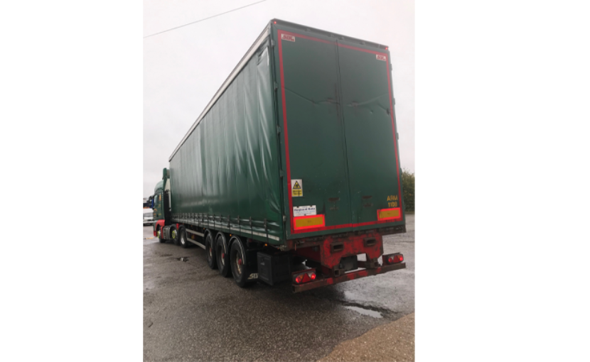 Sdc Used Curtainsiders M18832 2