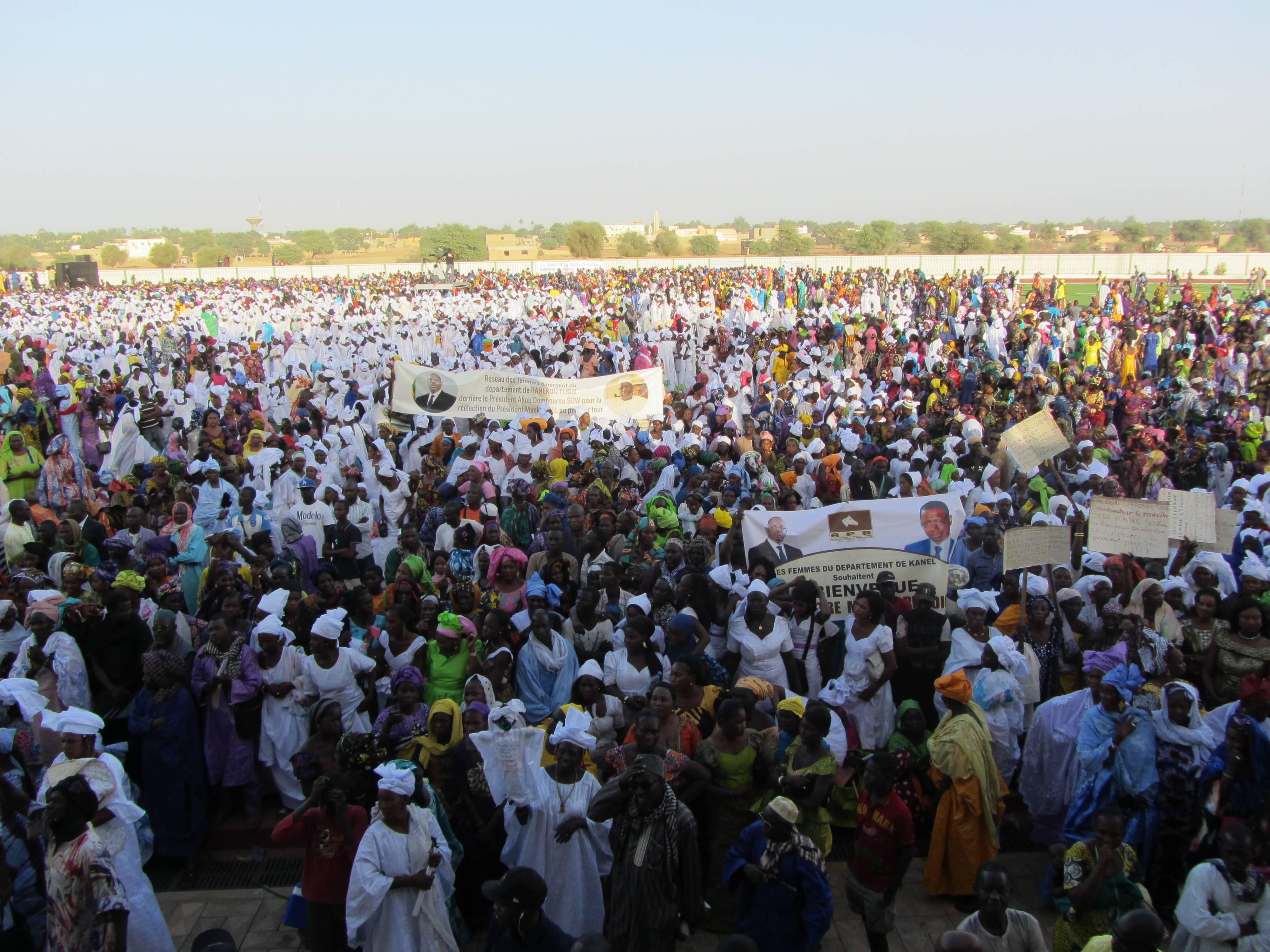 Macky Sall casque 600 millions pour les femmes de Matam