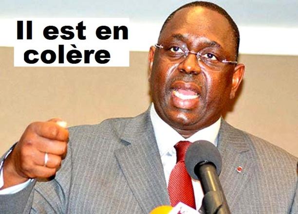 Macky Sall tance Abdou Karim Sall et son oncle Abdoulaye Timbo :