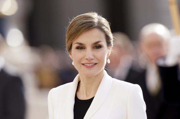Ni chirurgie esth�tique ni Botox pour Letizia - Le secret de beaut� de la reine d?Espagne