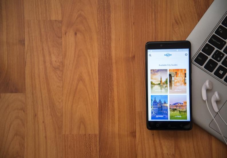 Best Apps for Studying Abroad: Lonely Planet
