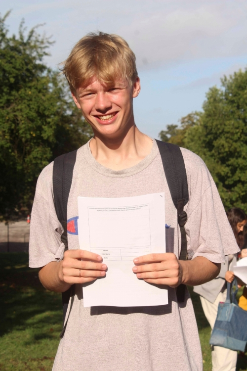 Alexander Parton Turner achieved an impressive set of GCSE grades including 3 Grade 9s ,4 Grade 8s and 2 Grade 7s