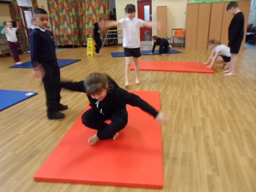 Children undertake tough gymnastics training in Anhui