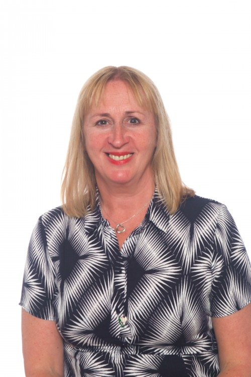 Lynne Osborne Head Teacher