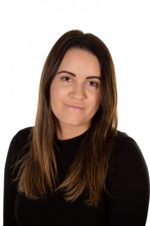 Miss Emma Fox