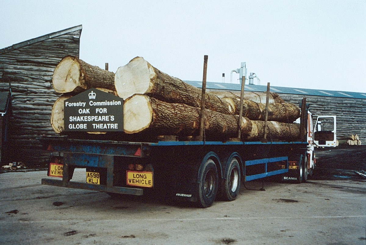 Large oak trees piled onto a lorry